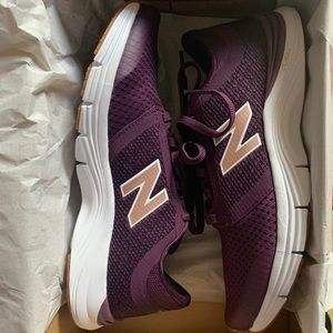 New Balance Mesh Lace Up Sneakers 8 1/2